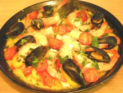 海老とムール貝と野菜と!具たくさんパエリャ 2009.2.22