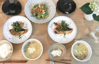 鮭の照り焼き夜定食 2009.6.12