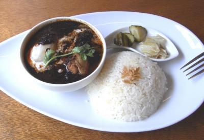 五星鶏麺のランチメニュー マレー風ブラックカレー 2009.7