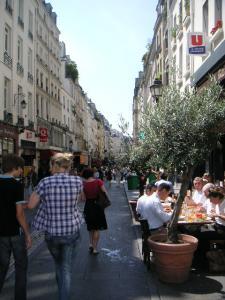 rue_montorgueil.jpg