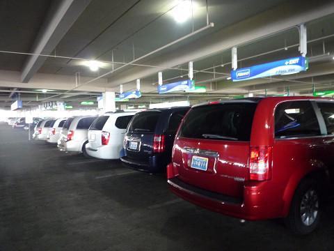 レンタカー駐車場