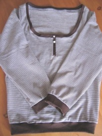 U-neck pullover