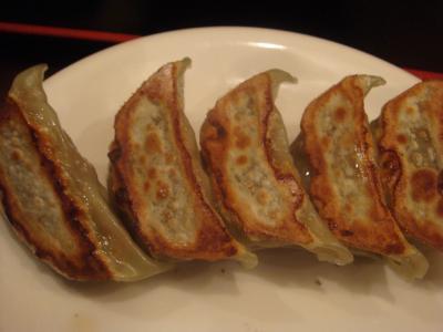 龍上海餃子