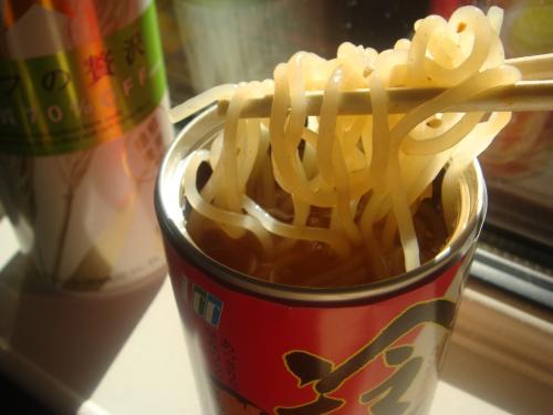 冷麺缶激辛味こんなんでした