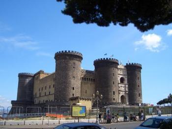 castlenapoli.jpg