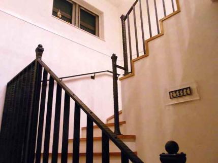 10-10-29 店階段