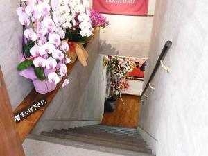 11-4-7 店階段