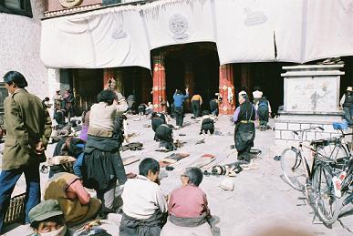 ラサ市内の寺院