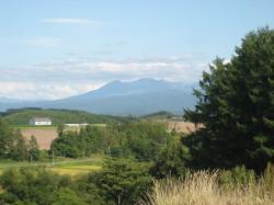 お店の裏からは大雪山が見えます(*^_^*)