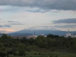 昨日(9/30)の大雪山 積雪が見えますね(*^_^*)