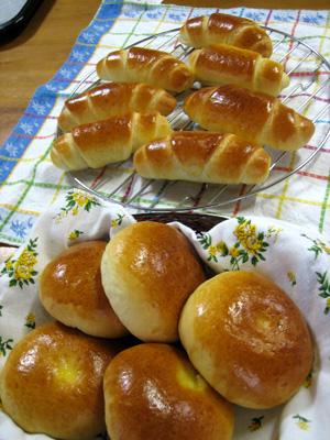 ロールパンとあんパン