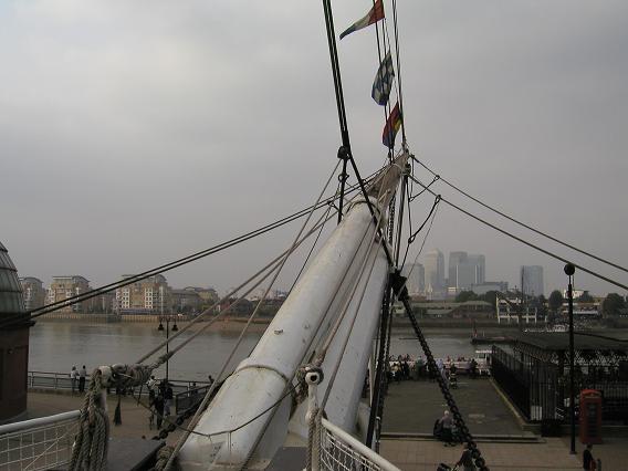 船首からの眺め