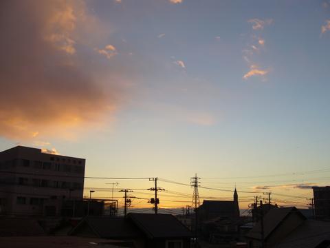 朝6時30分の空