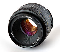 200px-Lens_Nikkor_50mm.jpg