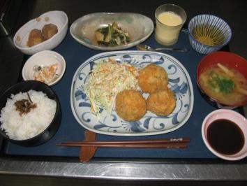 1015 豆腐のコロコロ団子フライランチ