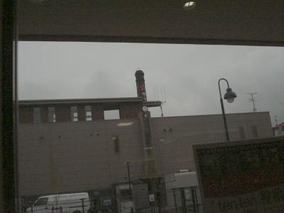 カフェの窓から見える景色.jpg