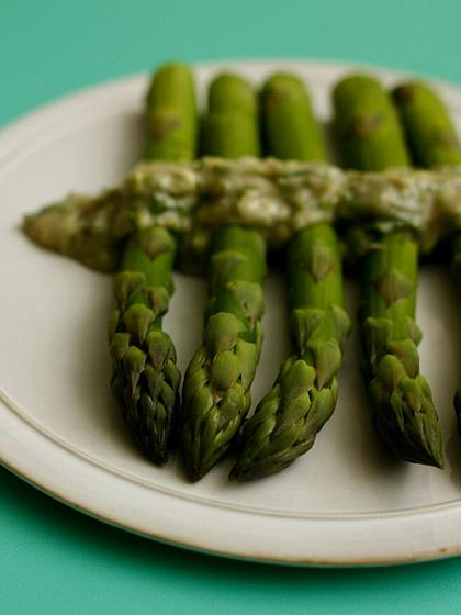 茹でアスパラガス with香菜酢味噌かけ