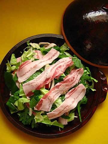 彩り野菜蒸し鍋(作ってる途中)