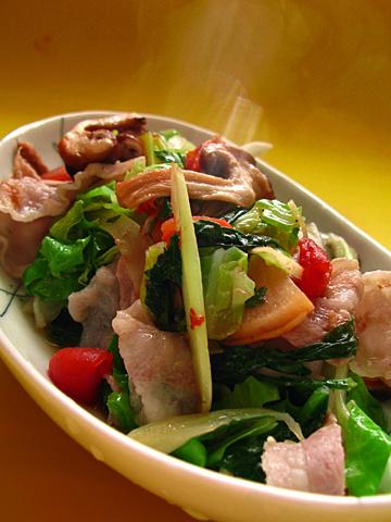 彩り野菜蒸し鍋