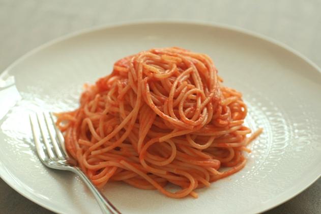 チーズトマトパスタ1