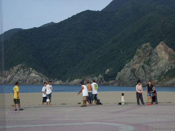 nagomi-sun-beach.jpg
