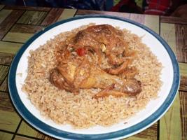 ご飯と鶏肉