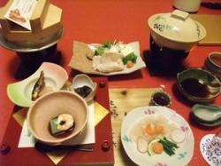 会席料理。クエの薄造りが美味いっ!