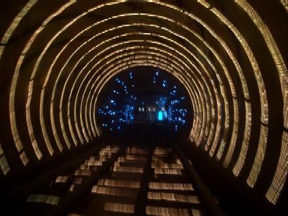 観光トンネル2