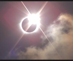 イースター島、皆既日食