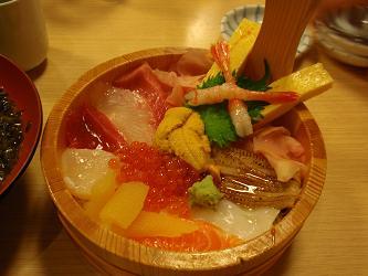 十二色海鮮丼