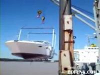 高級ヨットを引き上げた際に起こったアクシデント