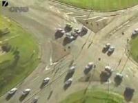 自動車泥棒とオーストラリア警察のもの凄いカーチェース