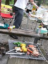 キャンプでお食事