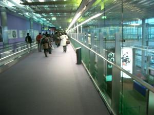 CDGターミナル2