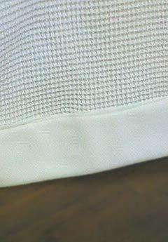 20090109カーテンの裾