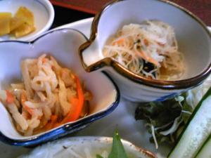 「定食の小鉢」くもりのちはれ(那珂川町)