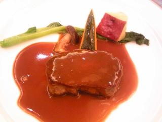 「牛フィレ肉ステーキ」ホテルオークラ福岡