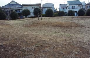 凸凹山児童公園2