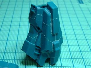 リゼル スネのスジ彫り01