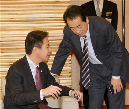 菅副総理も陳謝 マニフェスト破りで「約束守れなかった」plc0912221307013-p1