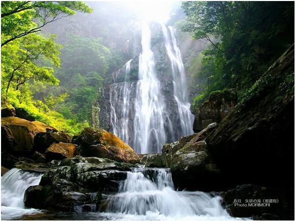 日本の滝百選 矢研(やどぎ)の滝