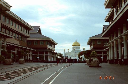ヤヤサンSCと前国王モスク10-1