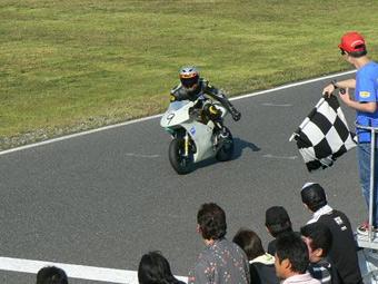 チェッカー山田2