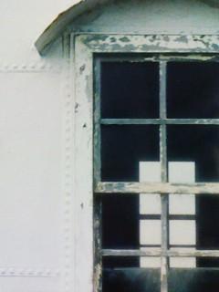 霧笛舎窓2