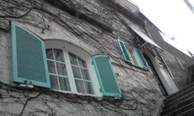 セツモード窓階段