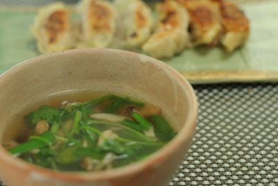 餃子とスープ