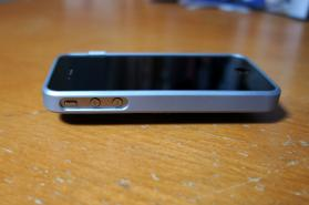 iphone4_caze_thinedge_05.jpg