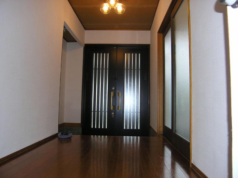 玄関とホール