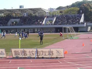 松本FW柿本のPKも、町田GK吉田に阻まれる