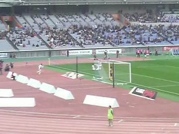 平山がこの試合2点目となるゴールを決めFC東京が勝ち越し。これが決勝点に。